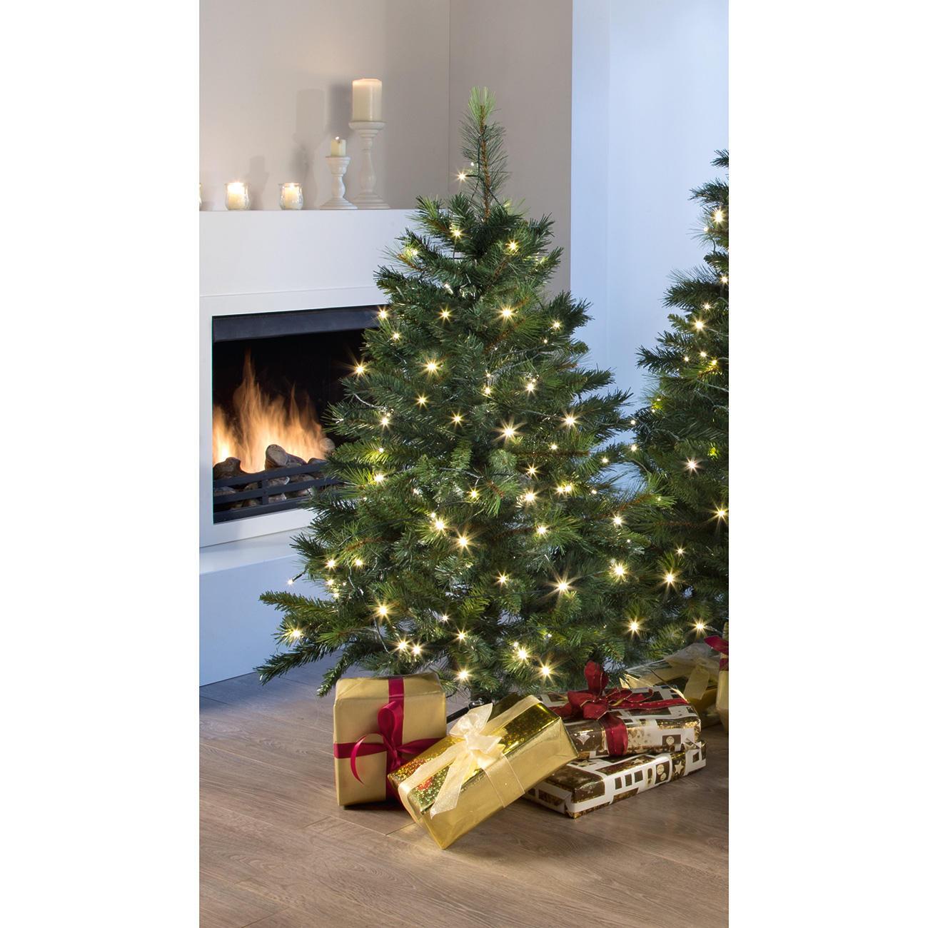 kunst tannenbaum canada pine