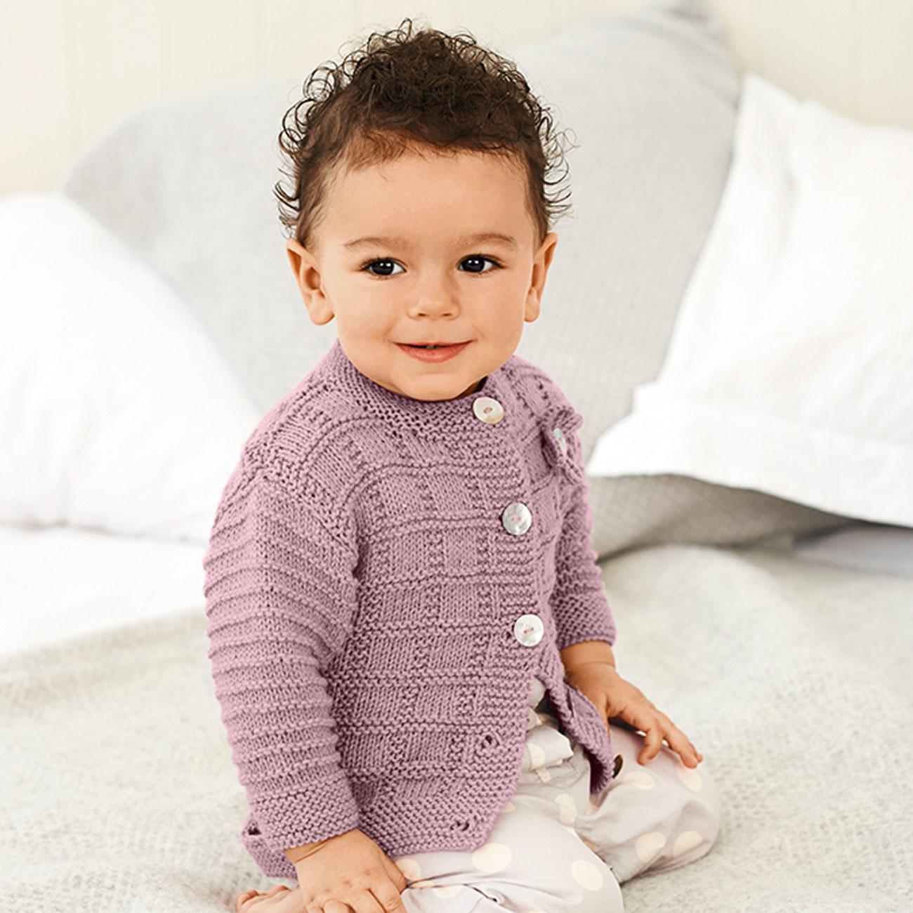 anleitung 075 8 a baby jacke mit rundhalsausschnitt aus baby classic dk von rico design 1. Black Bedroom Furniture Sets. Home Design Ideas
