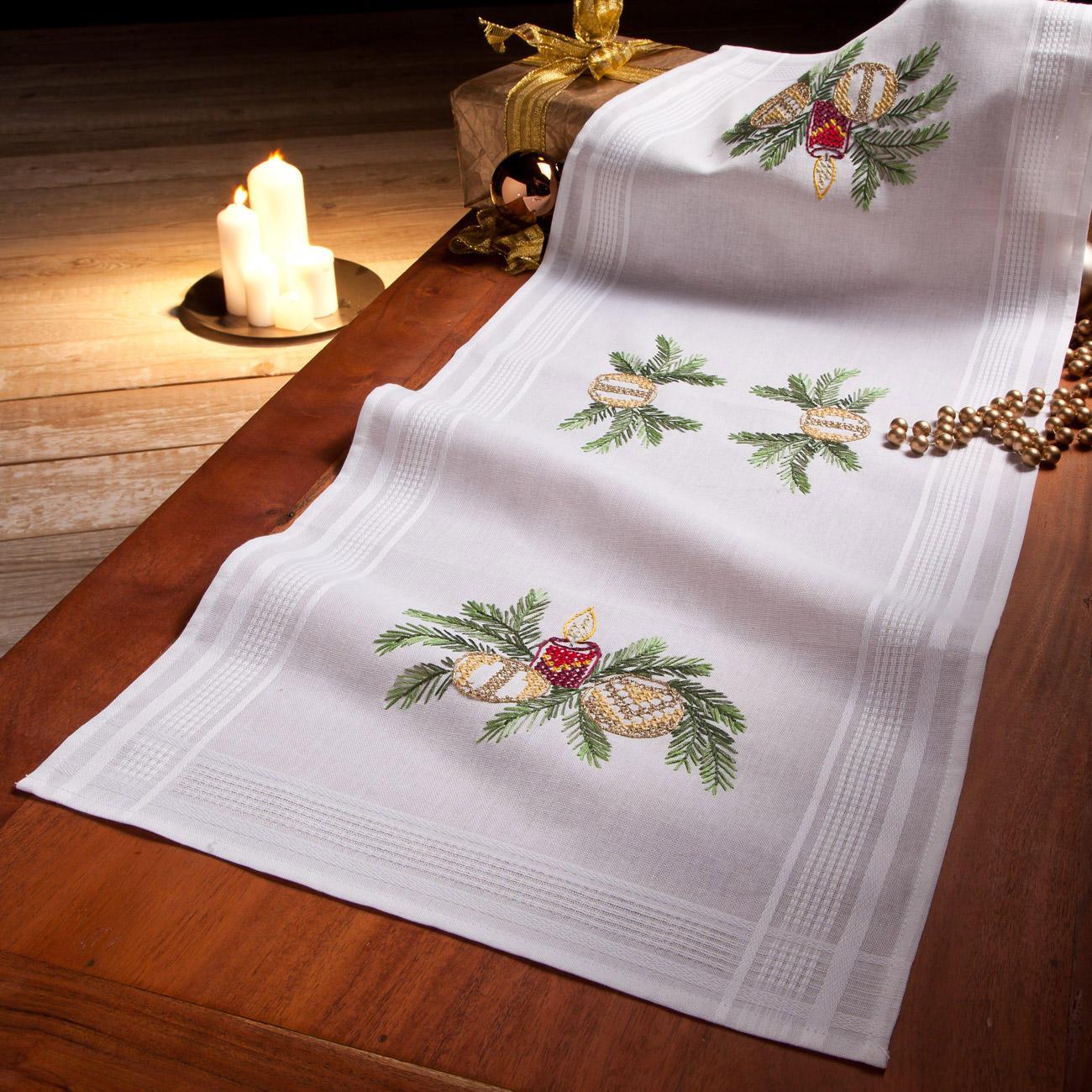 tischw sche mit eingewebtem zierrand weihnachten. Black Bedroom Furniture Sets. Home Design Ideas