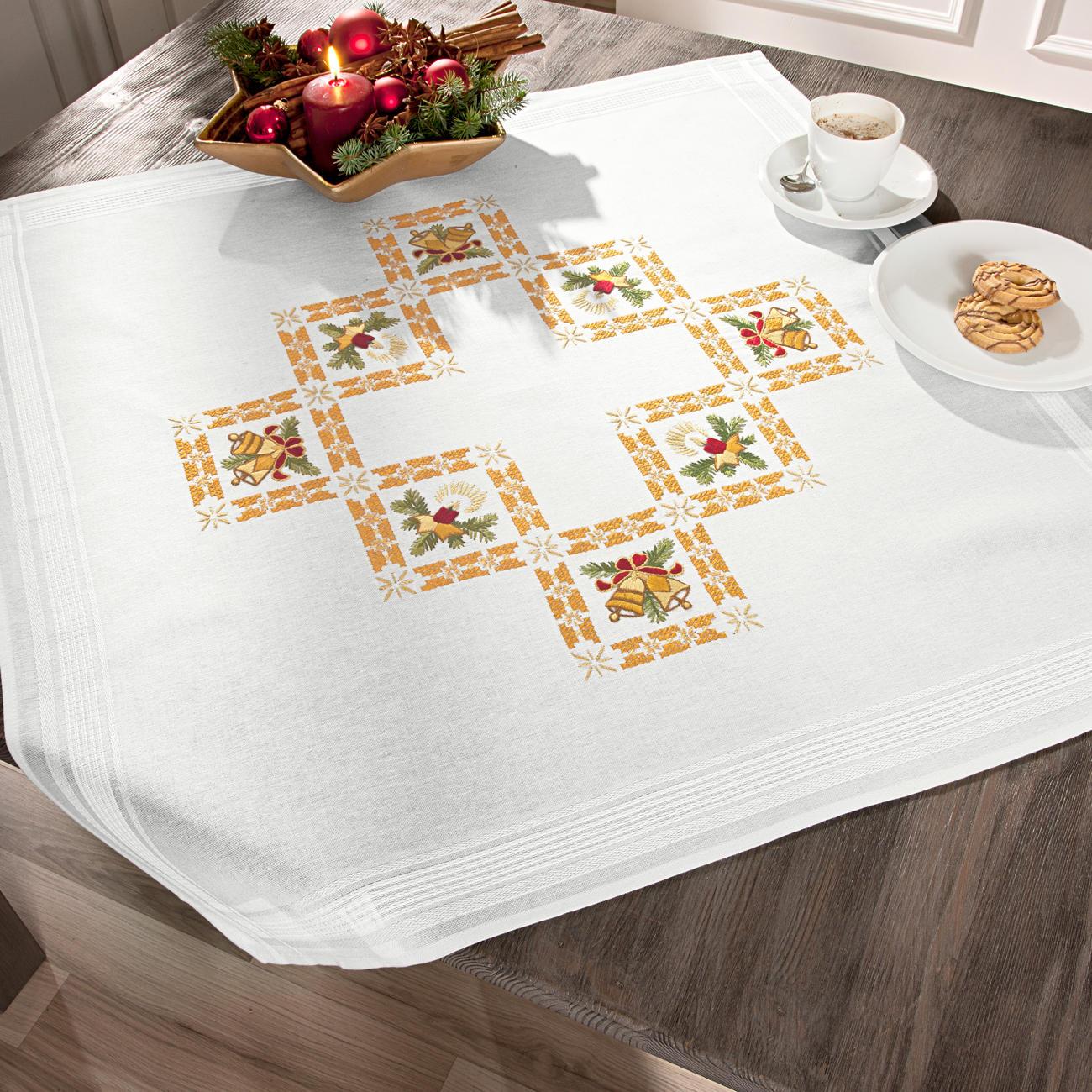 Weihnachtsbilder Klassisch.Tischwäsche Mit Eingewebtem Zierrand Weihnachtsbilder