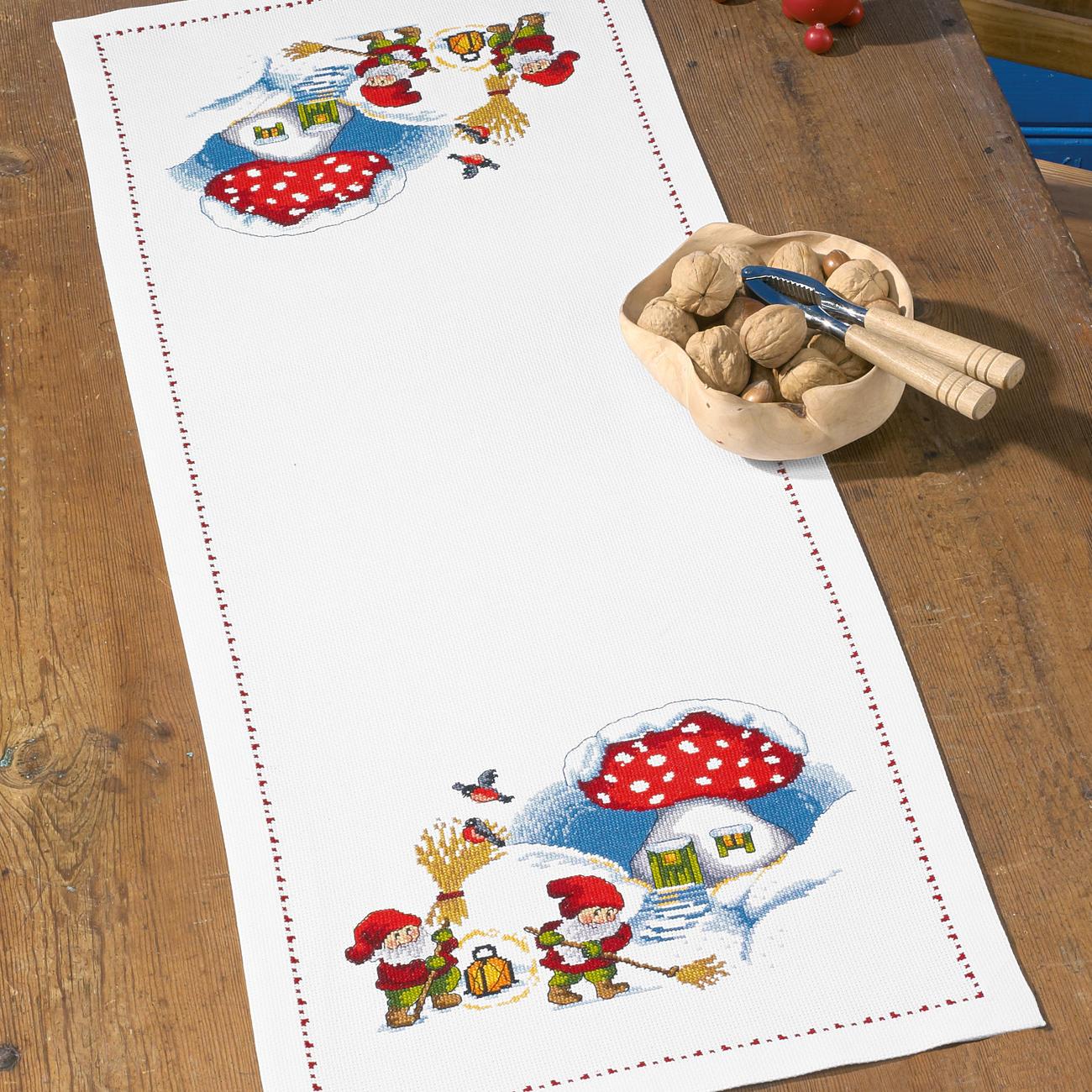 tischl ufer wichtelhaus tischl ufer wichtelhaus f r den festlichen tisch weihnachten. Black Bedroom Furniture Sets. Home Design Ideas