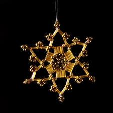 Sterne im Set Zauberhafter Weihnachtsschmuck – Geschenkanhänger, Baumschmuck und Teelichthalter.