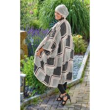 Modell 447/6, Damen Mantel und Mütze aus Sheep Uni von Woolly Hugs
