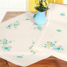 Moderne Tischwäsche - Zarte Blüten in Türkis.