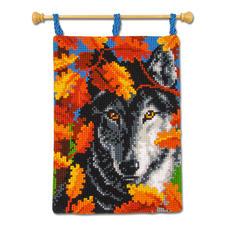 """Wandbehang """"Der Wolf"""" Stickideen in warmen Herbstfarben"""