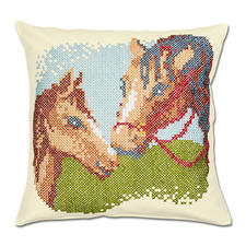 """Kissenhüllen """"Pferde mit Fohlen"""" oder """"Papageien"""" Kreuzstich-Stickideen."""