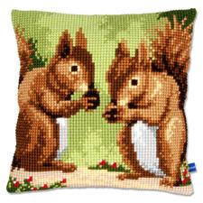 """Kreuzstichkissen """"Zwei Eichhörnchen"""""""
