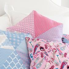Näh-Idee - Hexagon-Kissen, Rosa Hexagon-Kissen: Näh-Idee aus dem Buch - Sew Happy – Nähen mit Jolijou.