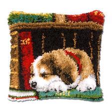 """Knüpfkissen """"Schlafender Hund 1"""" Knüpfkissen """"Schlafender Hund"""""""