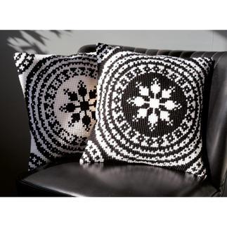 Kreuzstichkissen - Black & White