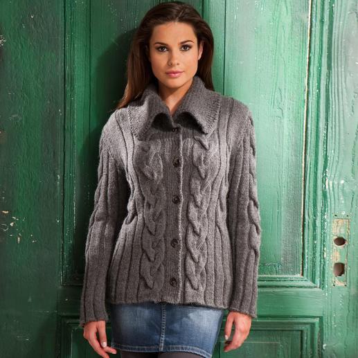 Anleitung 106/1, Damenjacke aus Peru von Junghans-Wolle
