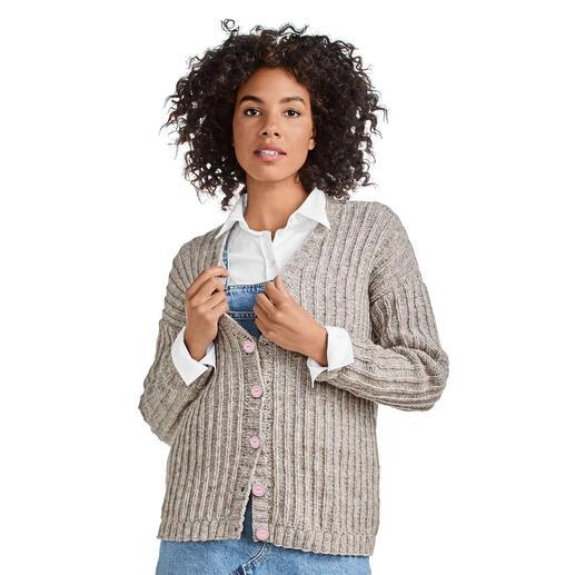 Anleitung 096/0, Damen Jacke aus Cassandra von Junghans-Wolle