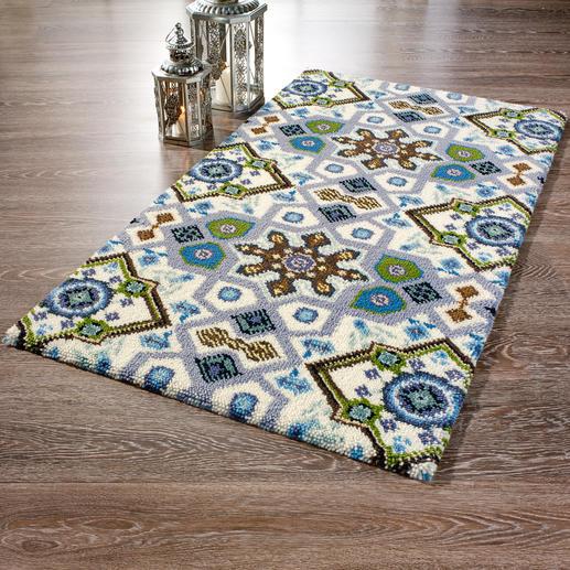 Grundfarbe Weiß, Teppich