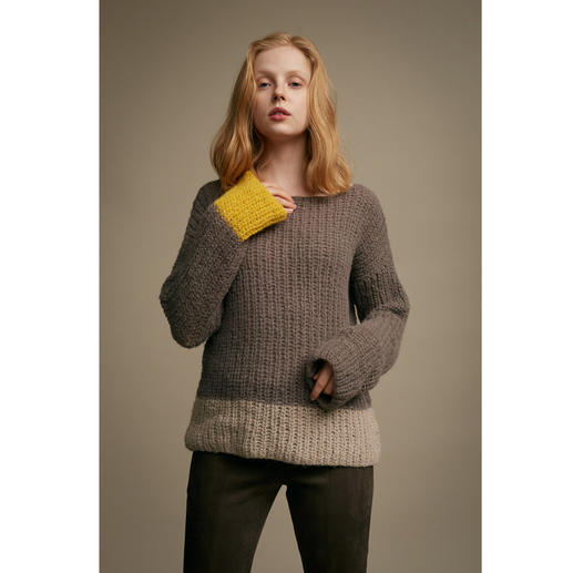 Anleitung 039 Butterfly Effect, Pullover aus Water von WOOLADDICTS by Lang Yarns